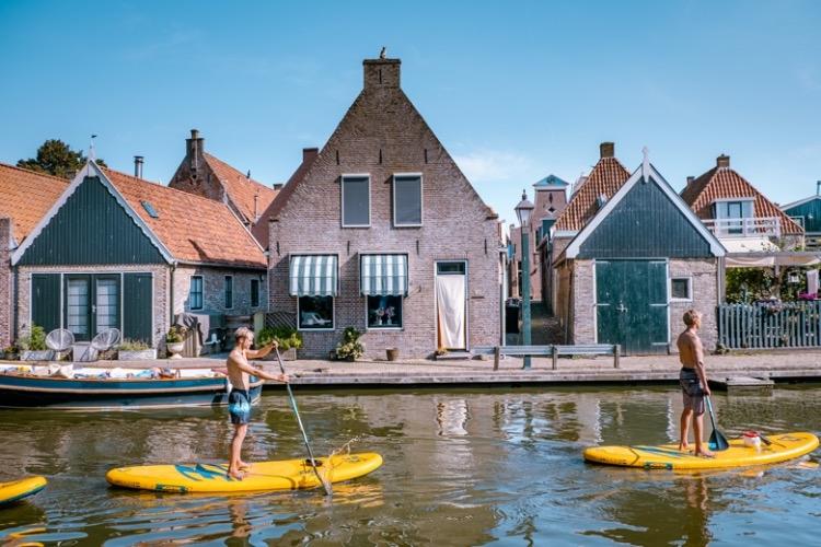 Op actieve eenoudervakantie naar Friesland