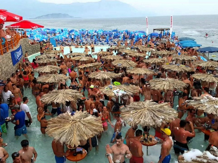 Jongerenreis Strand en Feest in Budva, Montenegro
